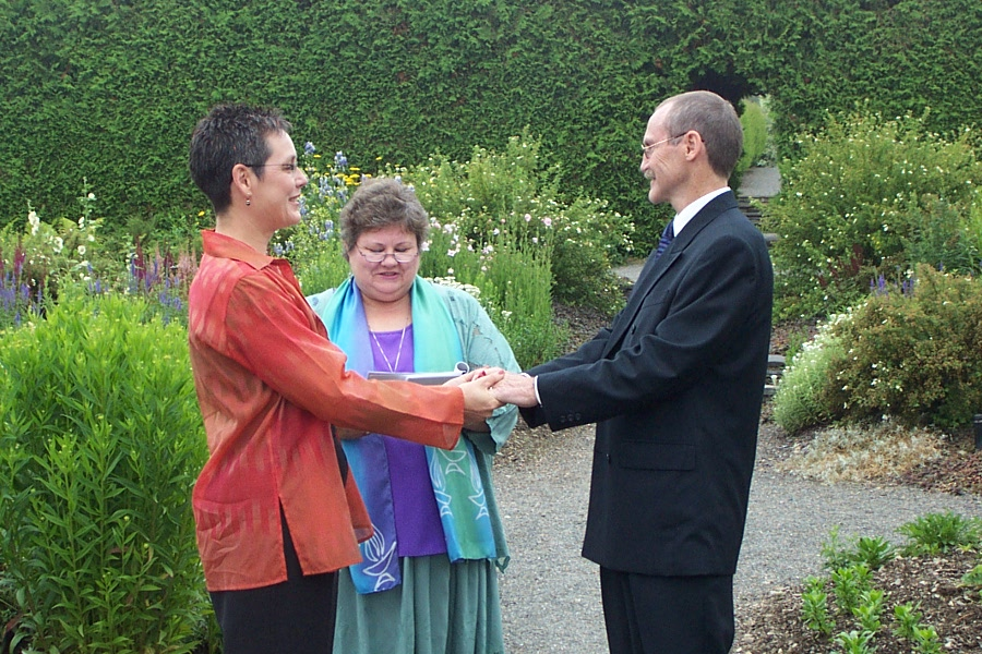Hand Fasting ceremony at Kingsbrae gardens